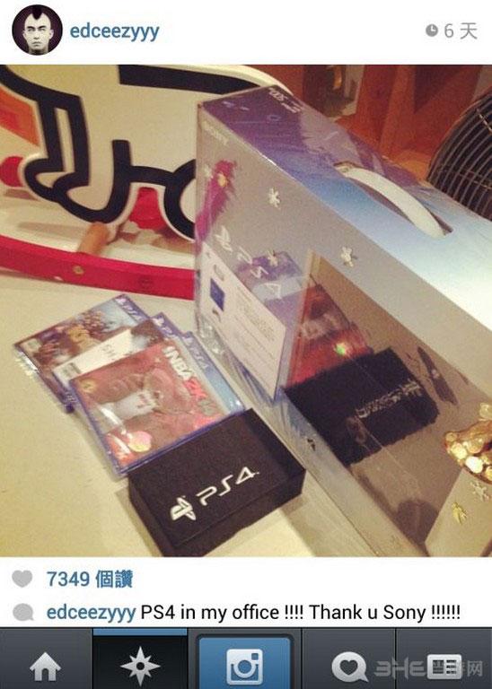 众明星网晒PS4 陈冠希