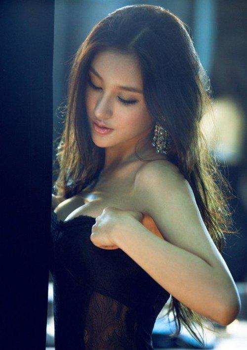 国内性感美女宝贝刘羽琦黑色内衣展示