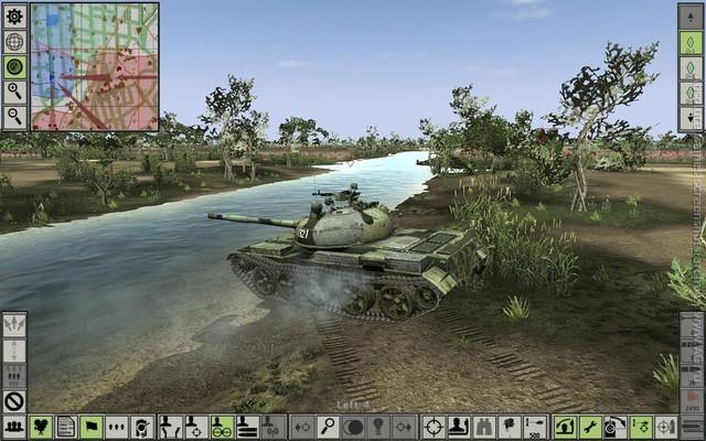 钢铁兵团:战争之刃截图0