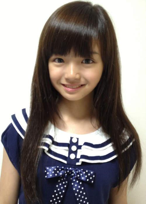 日本13岁嫩模走红网络 小学女生里的新生代时