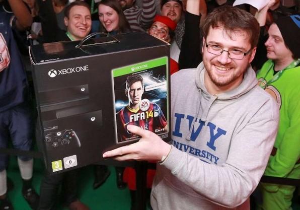 微软Xbox One英国售价下调30英镑