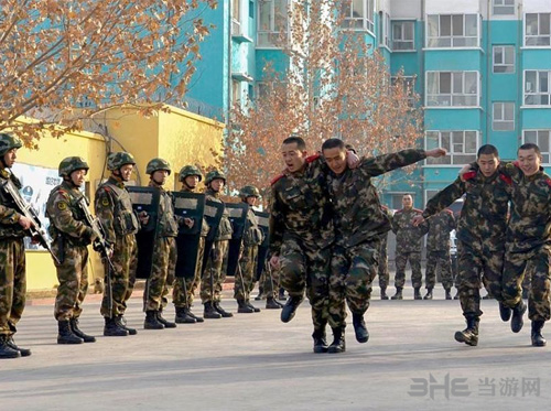 《CS》进新疆边防总队缓解压力 一辈子的兄弟4