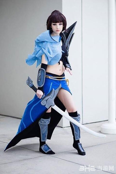 疾风剑豪亚索视频专栏 国外玩家 英雄联盟 女版亚索cos 2