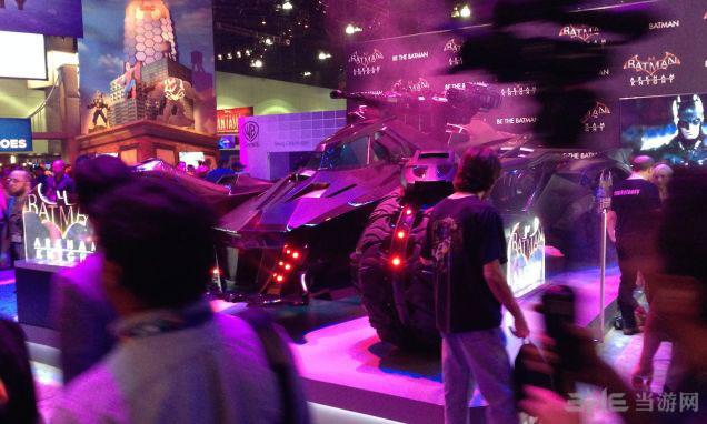 蝙蝠侠阿卡姆骑士蝙蝠车1
