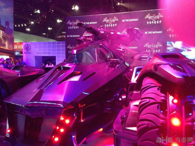 蝙蝠侠阿卡姆骑士蝙蝠车2