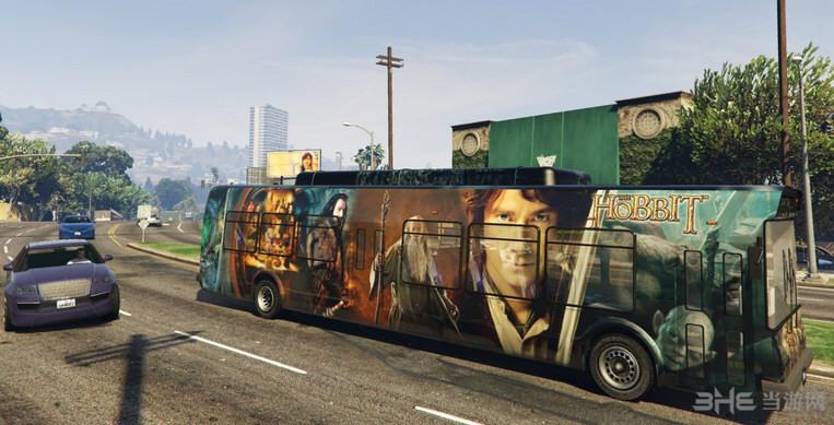 侠盗猎车手5真实巴士广告MOD截图2