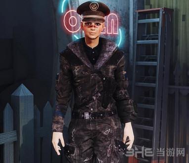 辐射4黑色潜艇服装MOD截图0