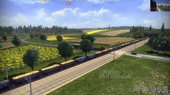 欧洲卡车模拟2标准的长途火车MOD截图0