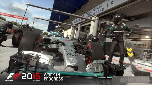 F1 2015截图1