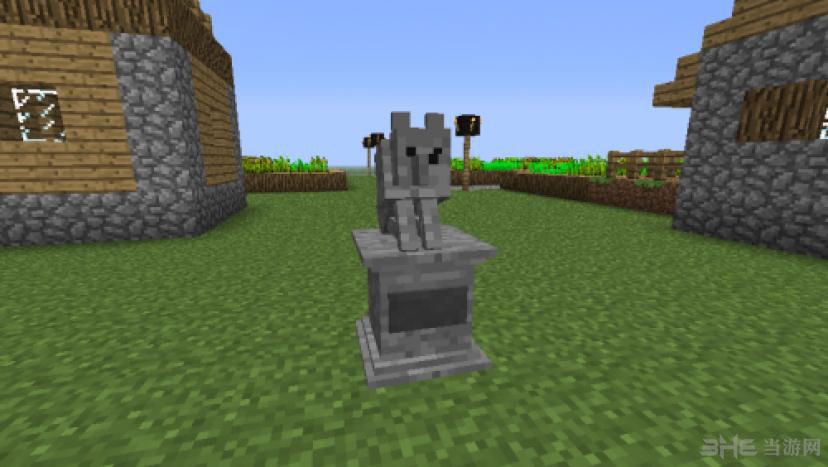 生存游戏《我的世界1.6.4纯净版》制作的墓地系列的MOD作品。 该MOD主要内容围绕着墓地题材设计而成,玩家使用后游戏中村庄附近的空地上会自动生成一块空地,而村庄中死亡的各种生物便会变成墓碑耸立在那,同时墓地中还有这守墓人与分厂墓穴,玩家进入后可以在其中展开全新的探险,有兴趣的玩家就下载试试吧。
