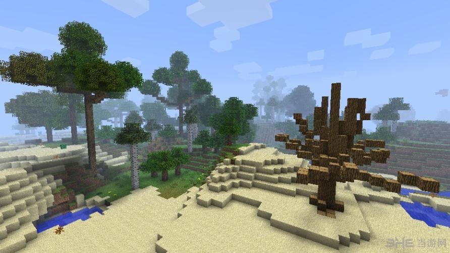我的世界1.6.4参天巨木MOD是3D沙盘类游戏《我的世界1.6.4纯净版》的一款参天大树系列的MOD作品。 该MOD的主要内容是围绕着游戏中的各种树木设计而成,玩家使用后原版中的树将发生巨大的变化,小树苗都变得非常庞大,玩家将犹如置身于一片热带雨林中,是一款非常有意境的MOD,喜欢的玩家玩家就亲自体验下吧。
