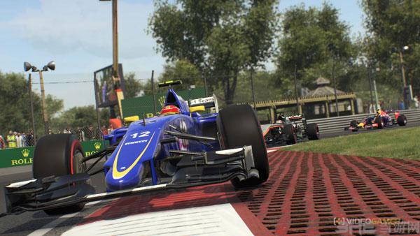 F1 2015游戏截图2