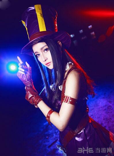 英雄联盟皮城女警凯特琳cosplay 匹敌赵梦玥
