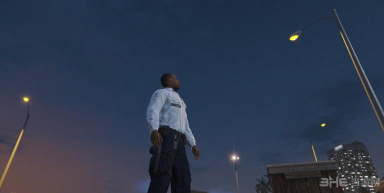 侠盗猎车手5比利时警察制服MOD截图0