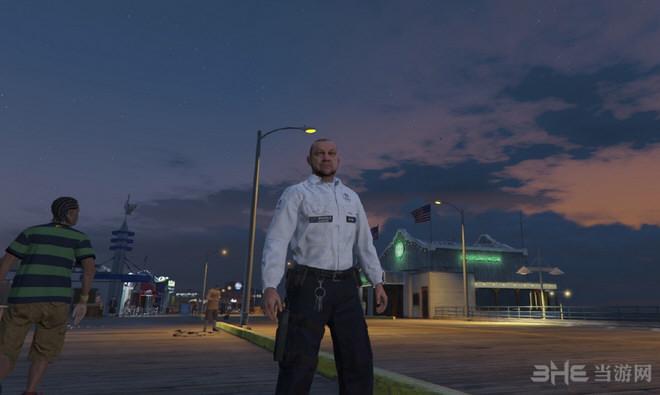 侠盗猎车手5比利时警察制服MOD截图2