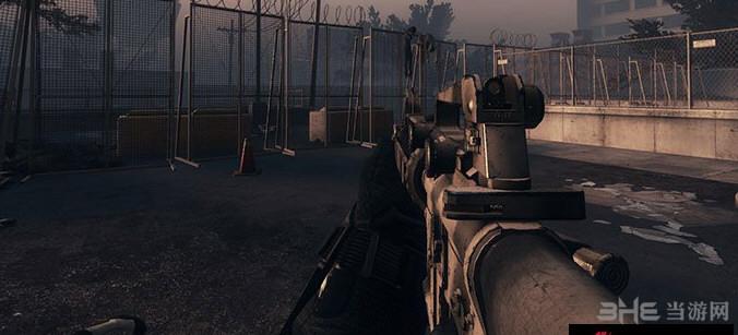 求生之路2闪光马斯塔M16A4枪械MOD截图2