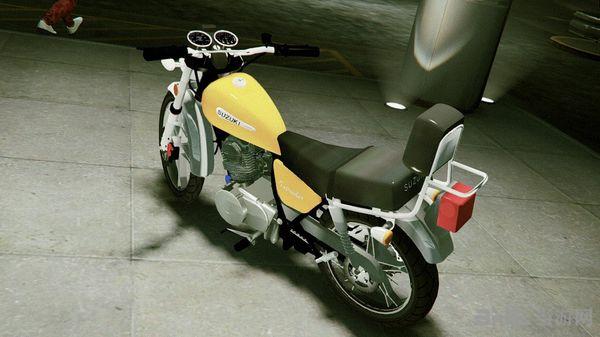 侠盗猎车手5铃木Inttruder125摩托车MOD截图3