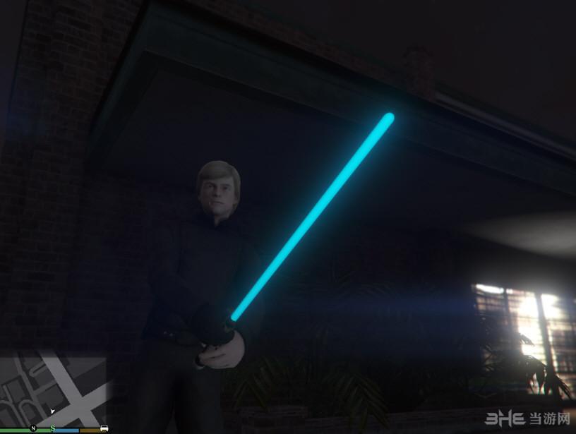 侠盗猎车手5真实光剑带发光MOD截图0