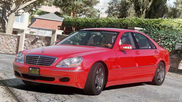 侠盗猎车手5 2004款奔驰S600 W220 MOD截图0