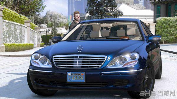 侠盗猎车手5 2004款奔驰S600 W220 MOD截图1
