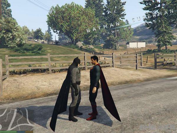 侠盗猎车手5超人大战蝙蝠侠MOD截图0