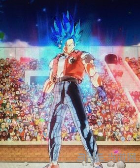 龙珠:超宇宙2赛亚男地球男变身MOD截图2