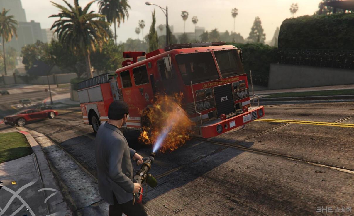 侠盗猎车5暴力枪械:火焰喷射器mod截图2