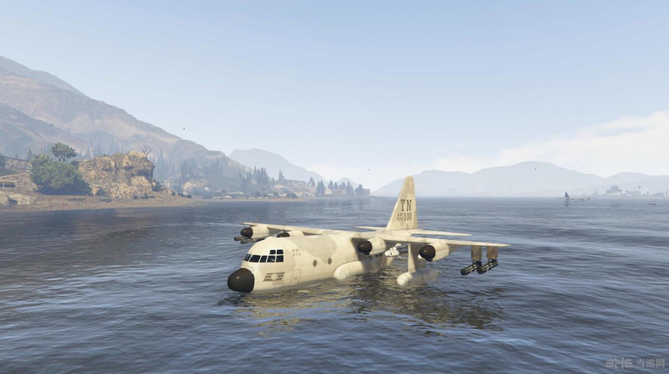 侠盗猎车5泰坦水陆两栖版运输机MOD截图0