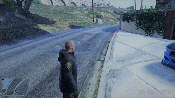 侠盗猎车手5玩家版冬季警察制服MOD截图1