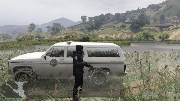 侠盗猎车手5玩家版冬季警察制服MOD截图3