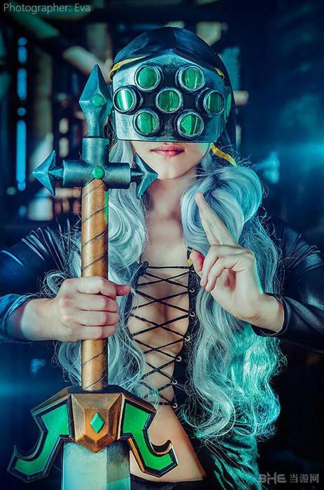 LOL英雄联盟女版剑圣1