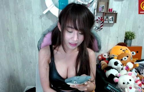 泰国最胸女主播福利图4