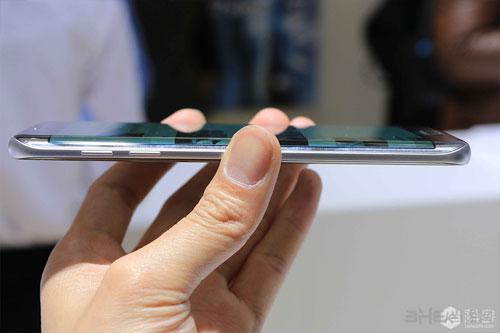 三星Galaxy S7配图2