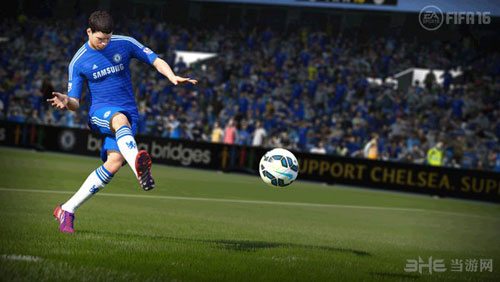 FIFA 16截图1