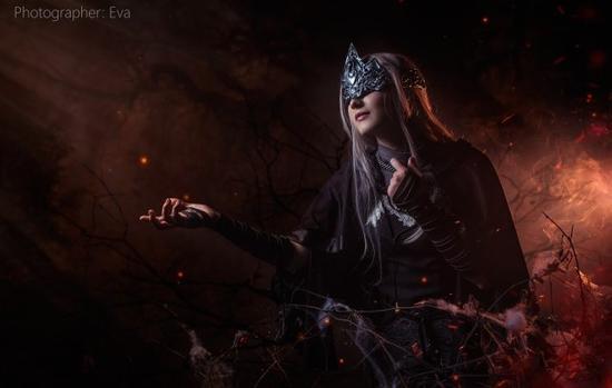 黑暗之魂3防火女惊艳cos照欣赏 黑夜中的一