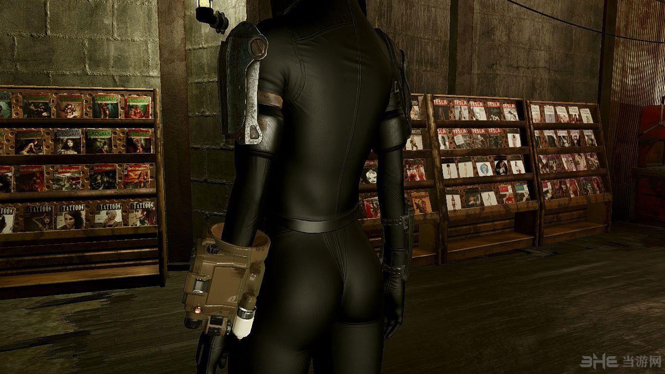 辐射4GITS素子服装黑色版MOD截图2