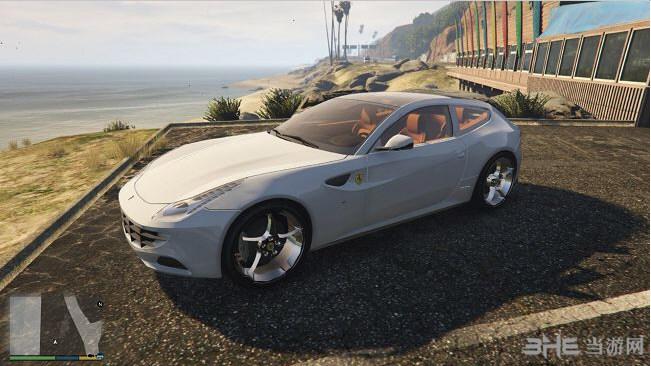 侠盗猎车手5 2015年款法拉利FF带全景天窗MOD截图0