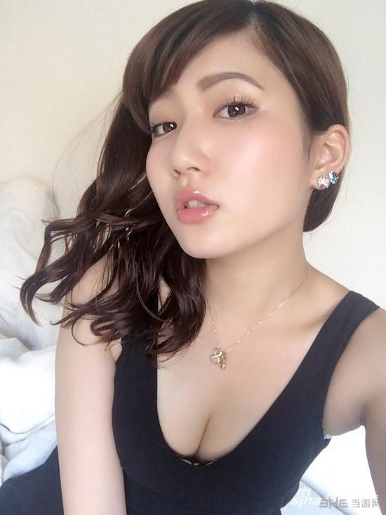 日本美女模特绪方友莉奈私房照1