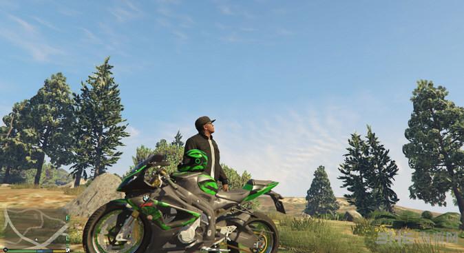 侠盗猎车手5摩托车手装备MOD截图1