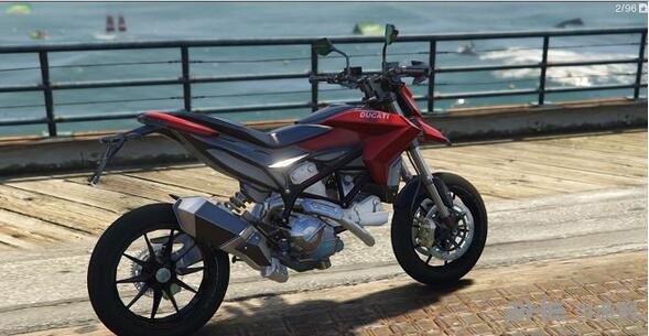 侠盗猎车手5杜卡迪Hypermotard摩托车MOD截图0