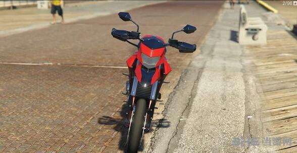 侠盗猎车手5杜卡迪Hypermotard摩托车MOD截图2