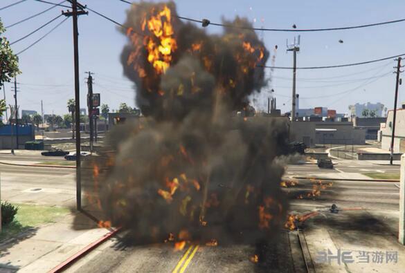 侠盗猎车手5真实的爆炸效果MOD截图0