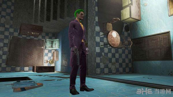 辐射4小丑的衣服-蝙蝠侠阿卡姆疯人院MOD截图2