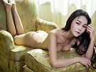 女神刘雨唯美性感写真 长发遮胸裸露完美身材