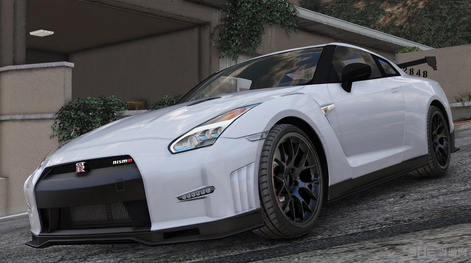 侠盗猎车手5 2015款日产R35 GT-R Nismo MOD截图0