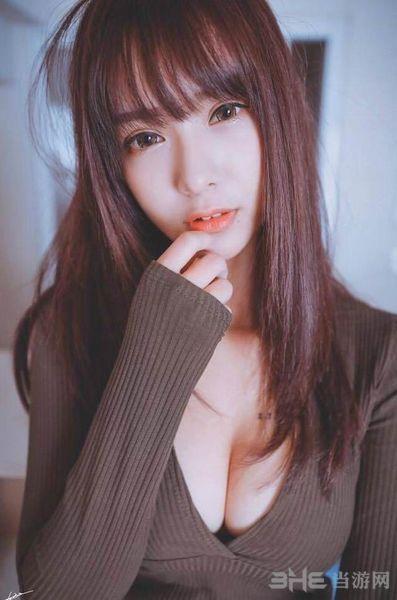 台湾女主播张雅涵图片2