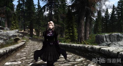 上古卷轴5:天际重制版黑色裙甲MOD截图0