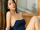 琪妹子床上性感写真 宽衣解带各种妩媚姿势引人诱惑