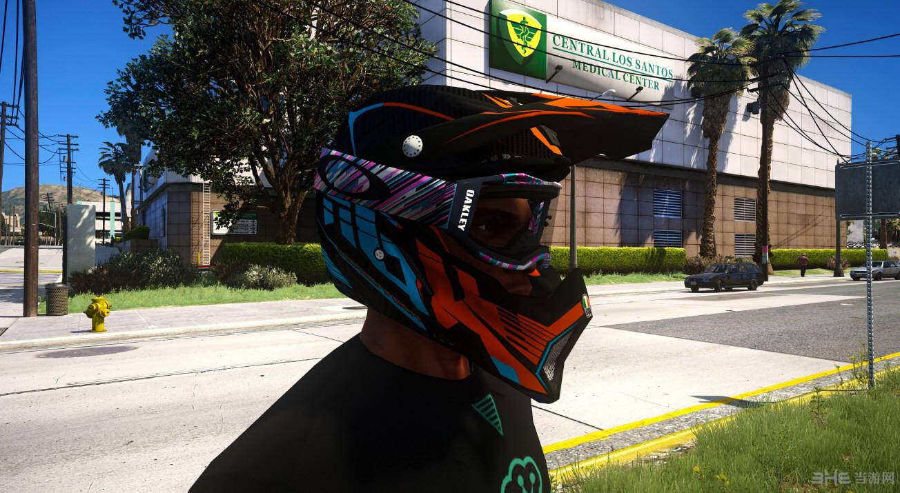侠盗猎车手5意大利AGV AX 8 EVO摩托车头盔MOD截图1