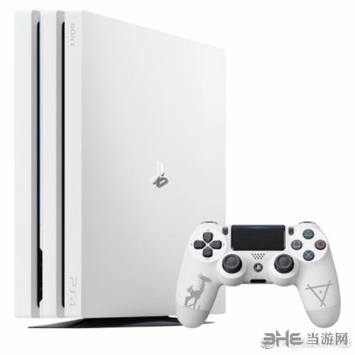 PS4PRO白色国行版